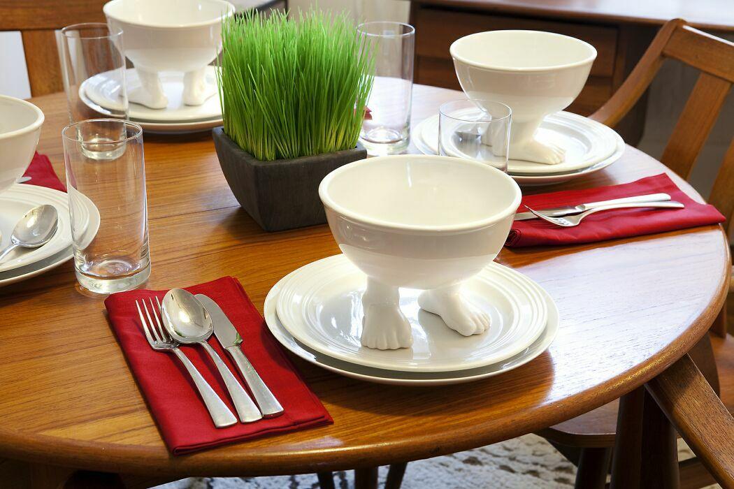 Пинкл (Pinkl) | Миска (тарелка) средняя белая | Dylan Kendall Efeet Collection Medium Bowl White