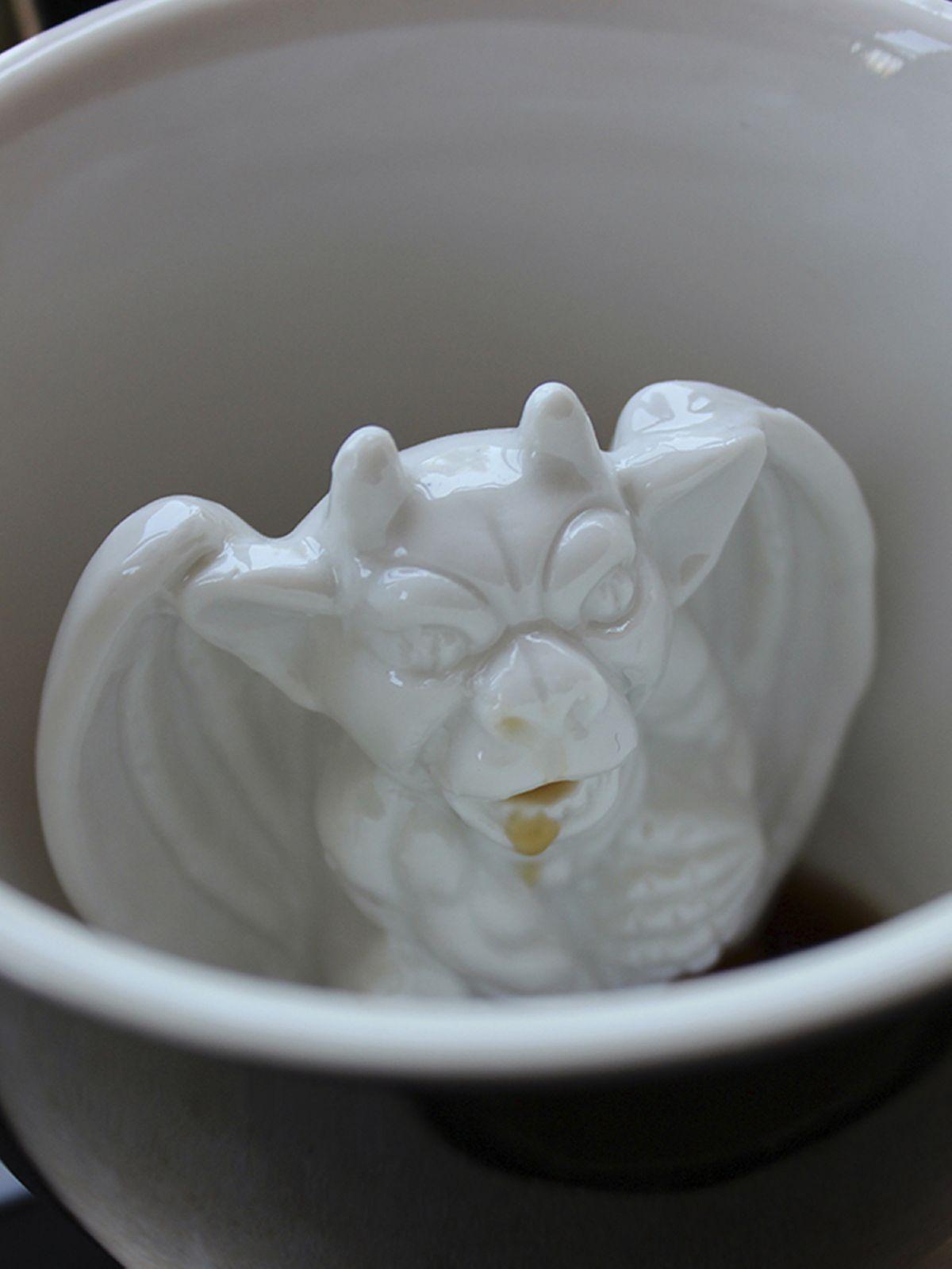 Пинкл (Pinkl) | Кружка с горгульей | Creature Cups Gargoyle